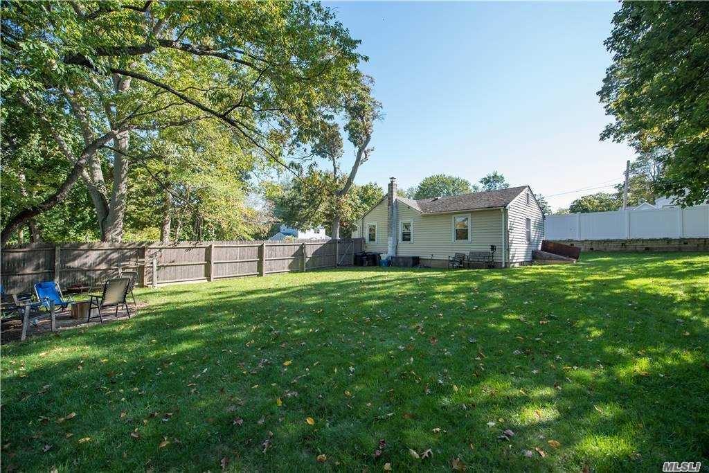 26 Blue Point Rd, Selden, NY 11784 - MLS#: 3263797