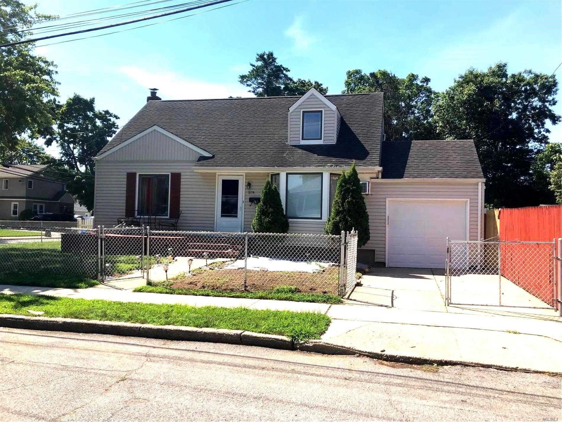 1674 Charles Street, Merrick, NY 11566 - MLS#: 3238800