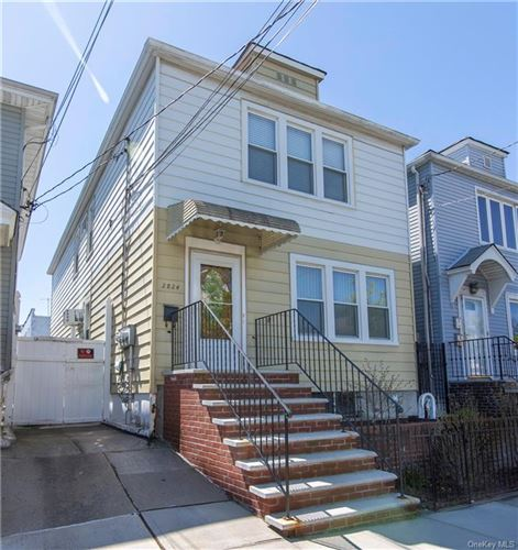 Photo of 2824 Dudley Avenue, BRONX, NY 10461 (MLS # H6039801)
