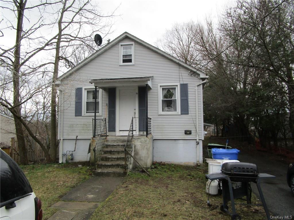 Photo of 16 Middle Street, Goshen, NY 10924 (MLS # H6104804)