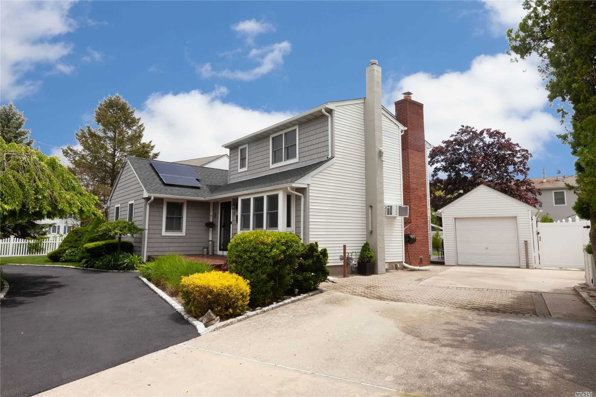 2 Johnson Court, Babylon, NY 11702 - MLS#: 3217806