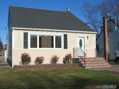 23 Arlington Street, Melville, NY 11747 - MLS#: 3287808