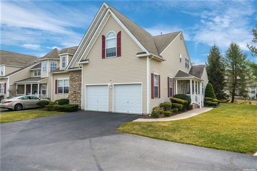 Photo of 20 Meadow Pond Circle, Miller Place, NY 11764 (MLS # 3296809)