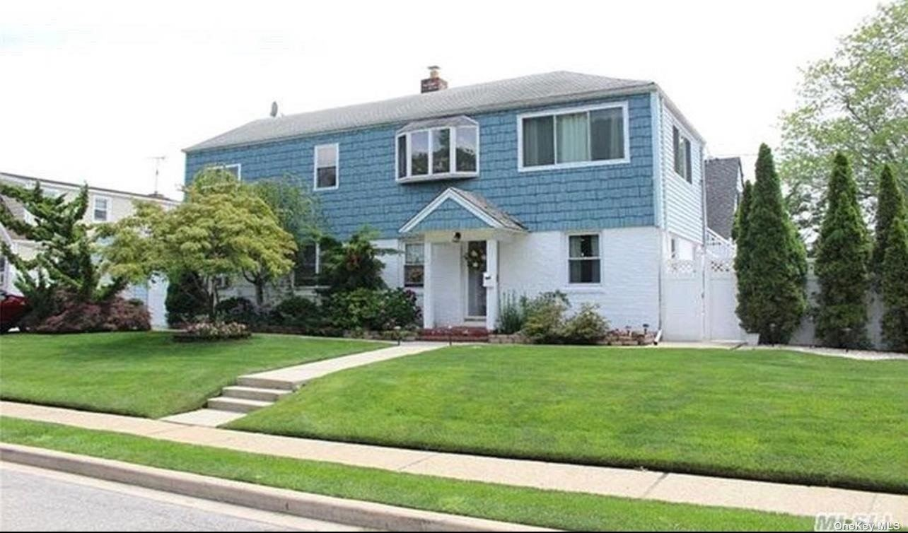 400 Clive Place, Oceanside, NY 11572 - MLS#: 3316809