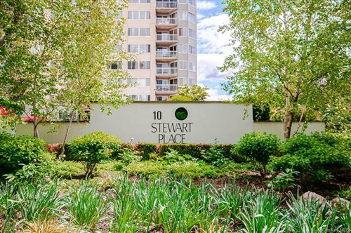 Photo of 10 Stewart Place #9JE, White Plains, NY 10603 (MLS # H6042810)
