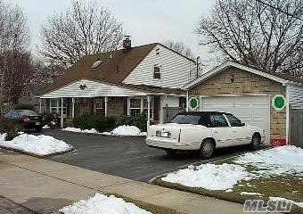 70 Sycamore Lane, Levittown, NY 11756 - MLS#: 3213810