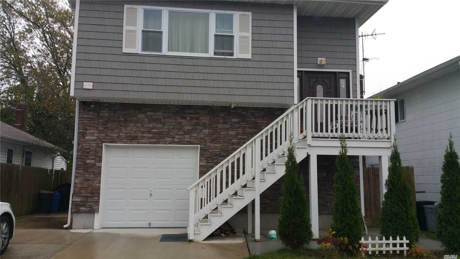 139 W Hampton Road, Lindenhurst, NY 11757 - MLS#: 3208814