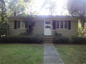 Photo of 17 Wooded Oak Ln, East Hampton, NY 11937 (MLS # 3145815)