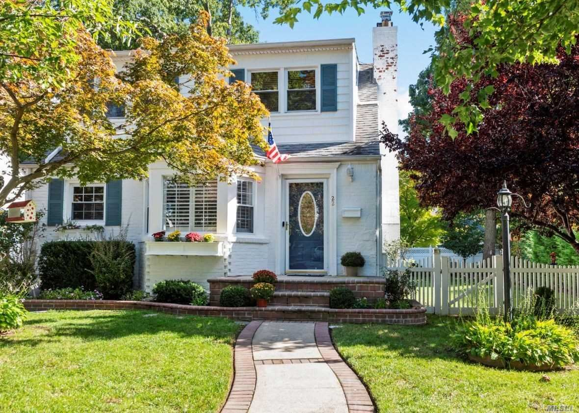 22 Beech Ct, Malverne, NY 11565 - MLS#: 3236815