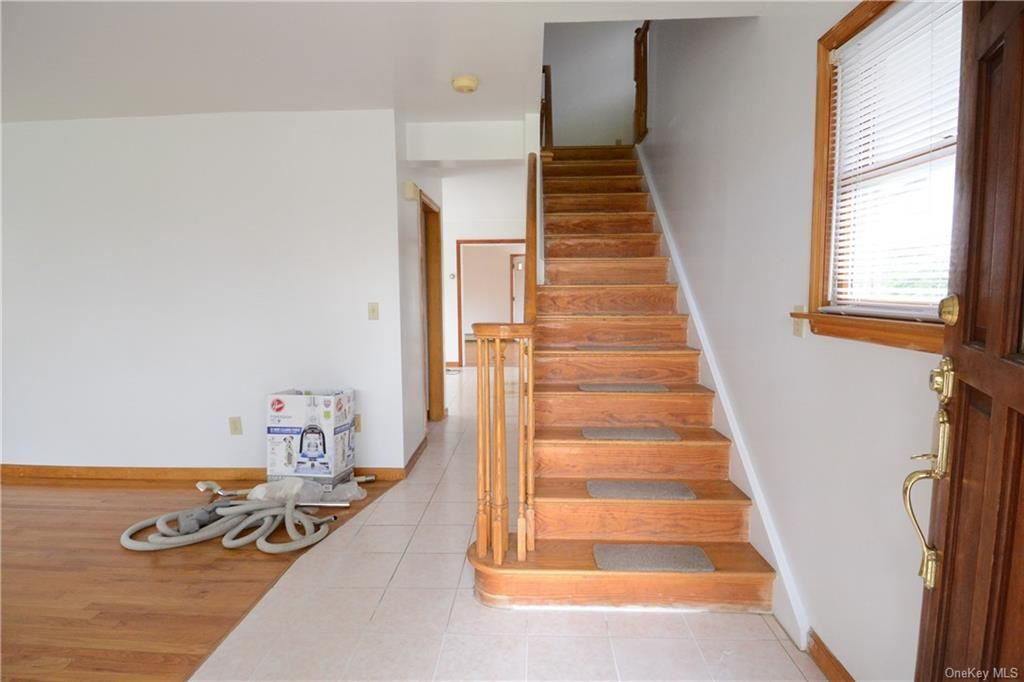 Photo of 36 Stewart Place, Eastchester, NY 10709 (MLS # H6108815)