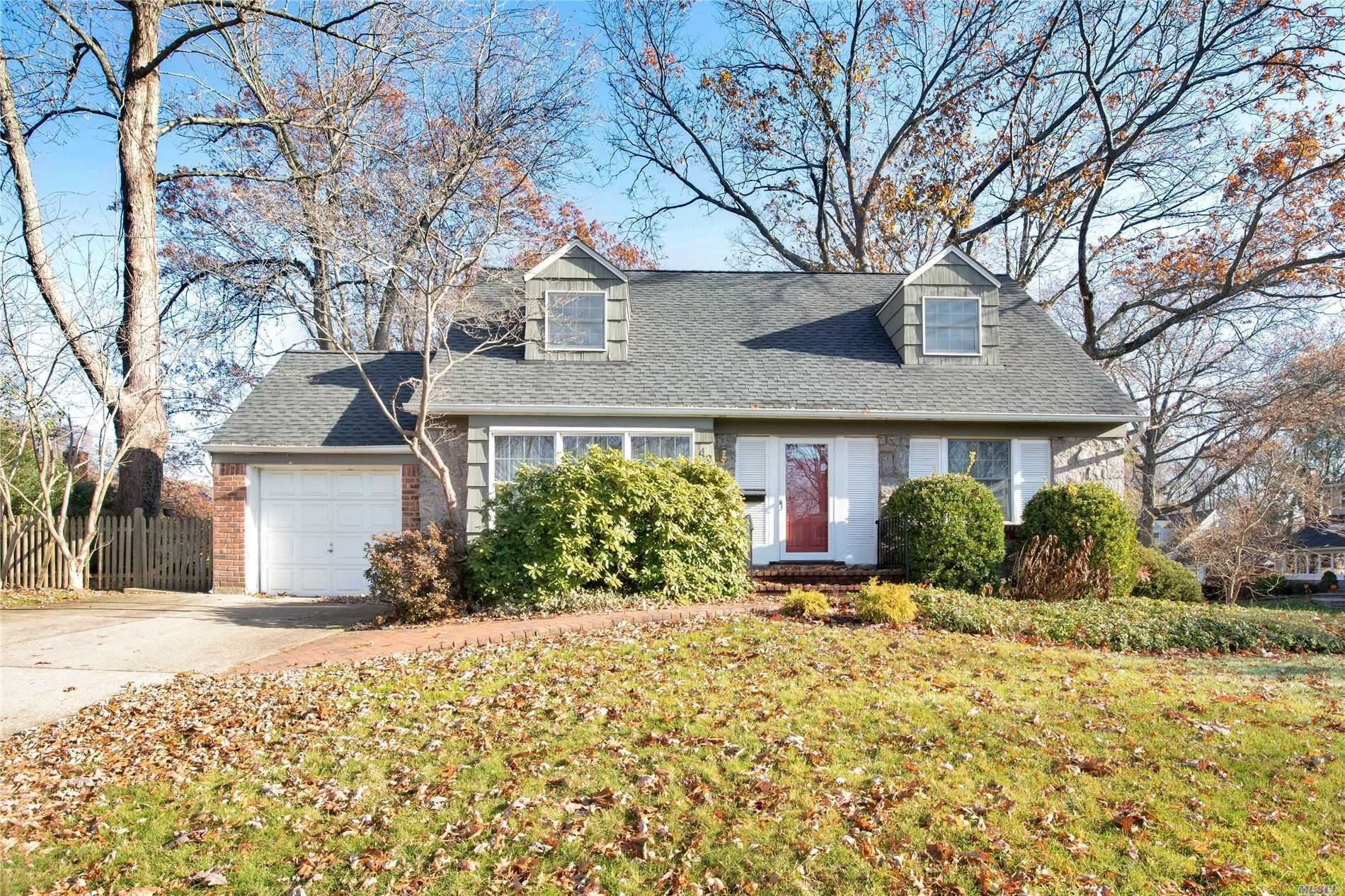 49 Simpson Dr, Old Bethpage, NY 11804 - MLS#: 3183817