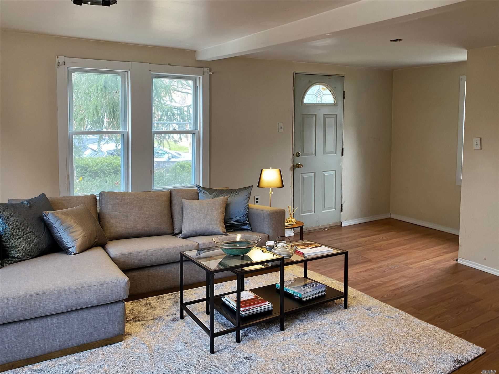138 S Terrace Place, Valley Stream, NY 11580 - MLS#: 3210819