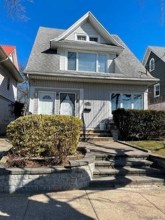 40-11 Clearview Expressway, Bayside, NY 11361 - MLS#: 3293819