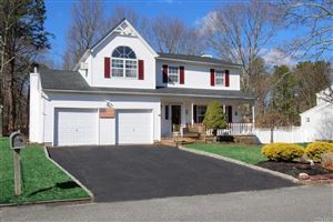 Photo of 18 Evelyn Ct, Manorville, NY 11949 (MLS # 3117820)