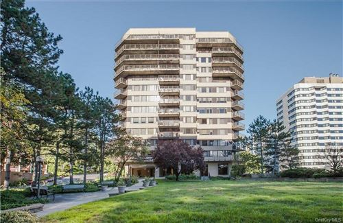 Photo of 25 Rockledge Road #416, White Plains, NY 10601 (MLS # H6090821)