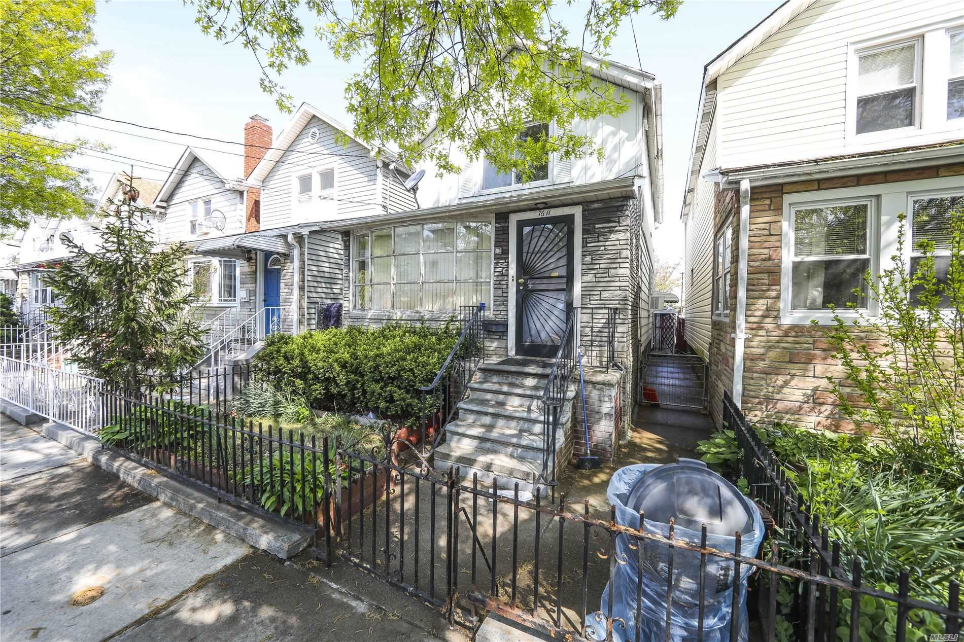 76-11 97th Ave, Ozone Park, NY 11416 - MLS#: 3215824