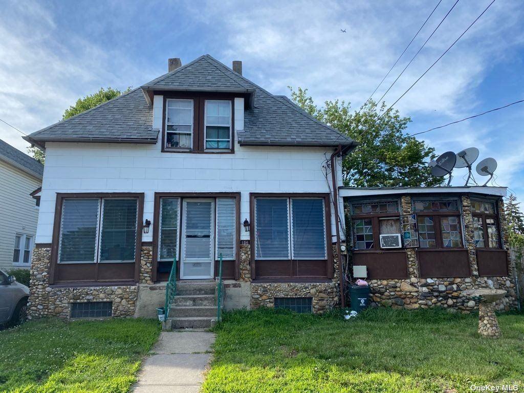 136 E Marie Street, Hicksville, NY 11801 - MLS#: 3324824