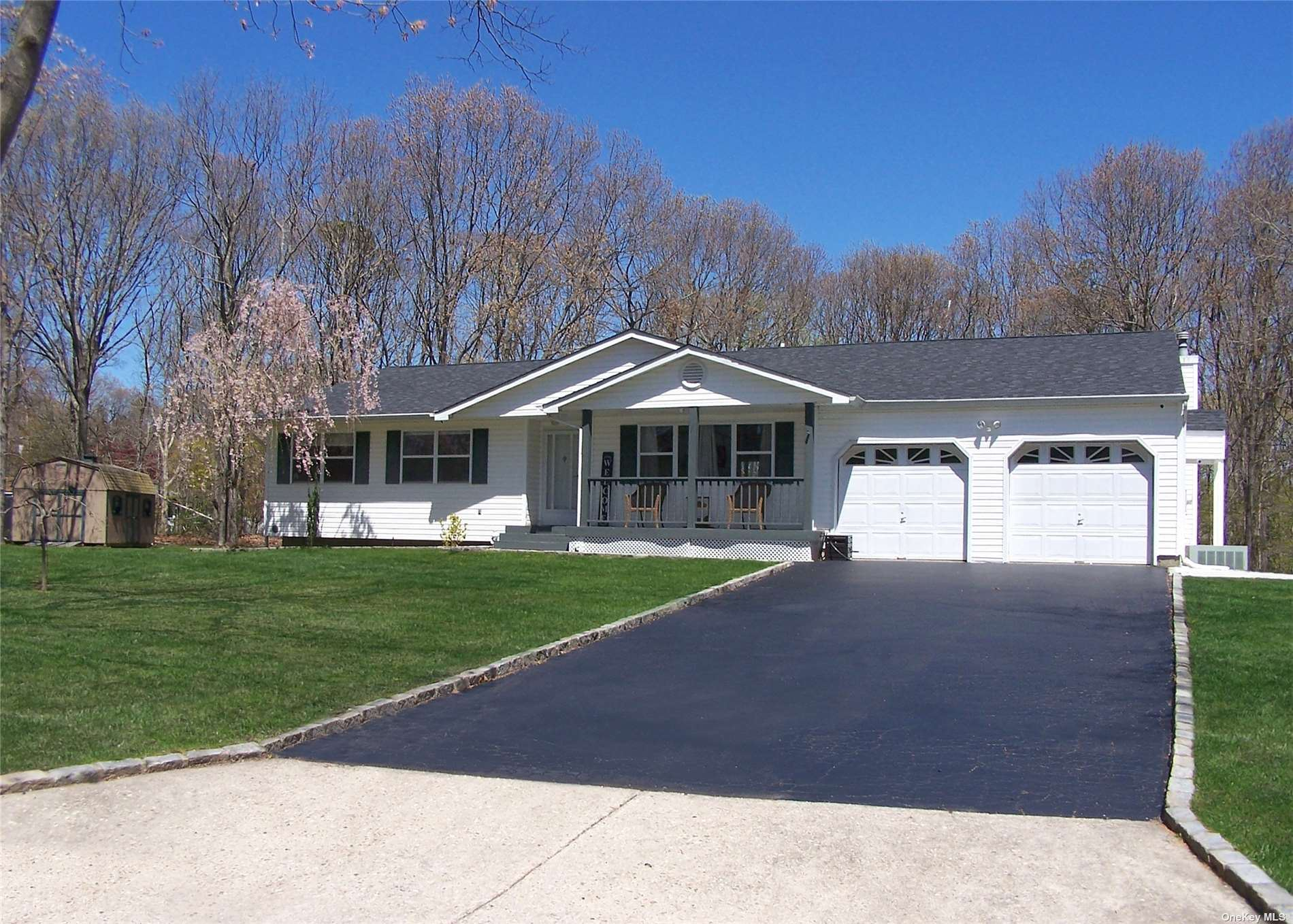 19 Eastbourne Crescent, East Patchogue, NY 11772 - MLS#: 3307825