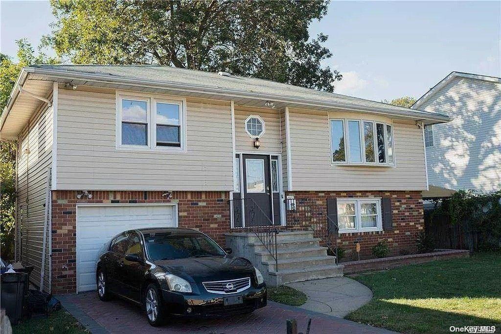 31 Johnson Place, Hempstead, NY 11550 - MLS#: 3345826
