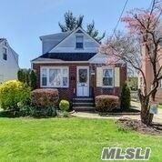 1062 Pembroke Street, Uniondale, NY 11553 - MLS#: 3213827
