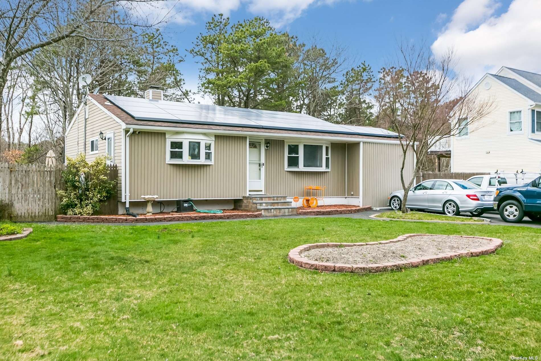 916 Amsterdam Avenue, East Patchogue, NY 11772 - MLS#: 3300828