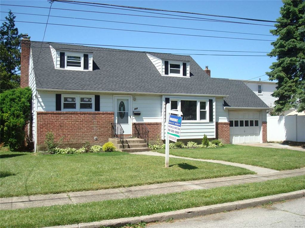 604 Irving Place, East Meadow, NY 11554 - MLS#: 3135829