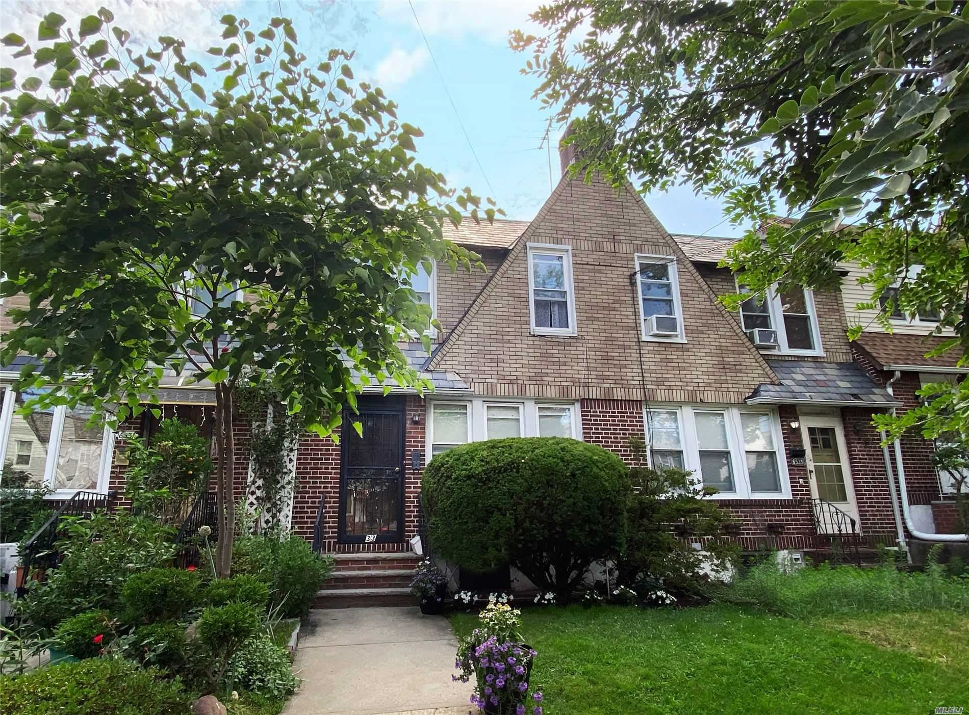 65-33 77th Place, Middle Village, NY 11379 - MLS#: 3235829