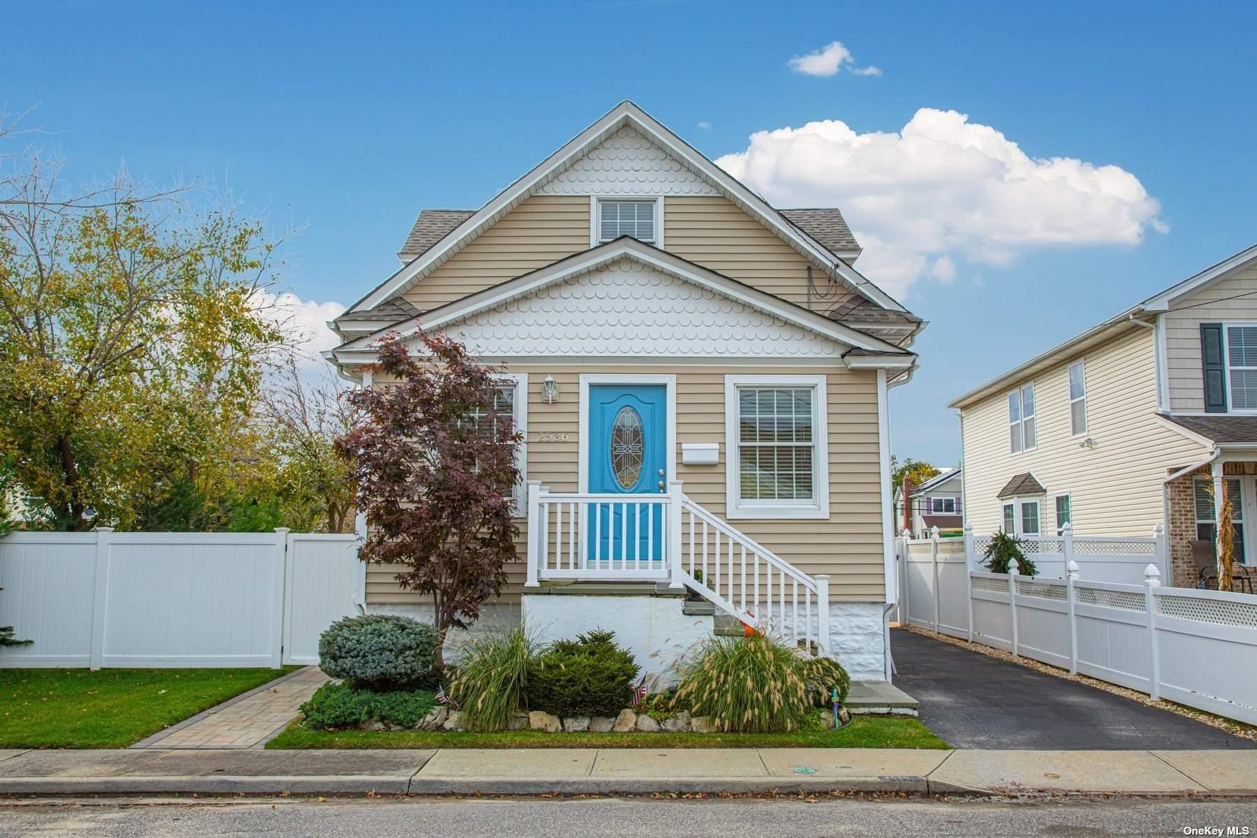 2536 Centre Avenue, Bellmore, NY 11710 - MLS#: 3339830