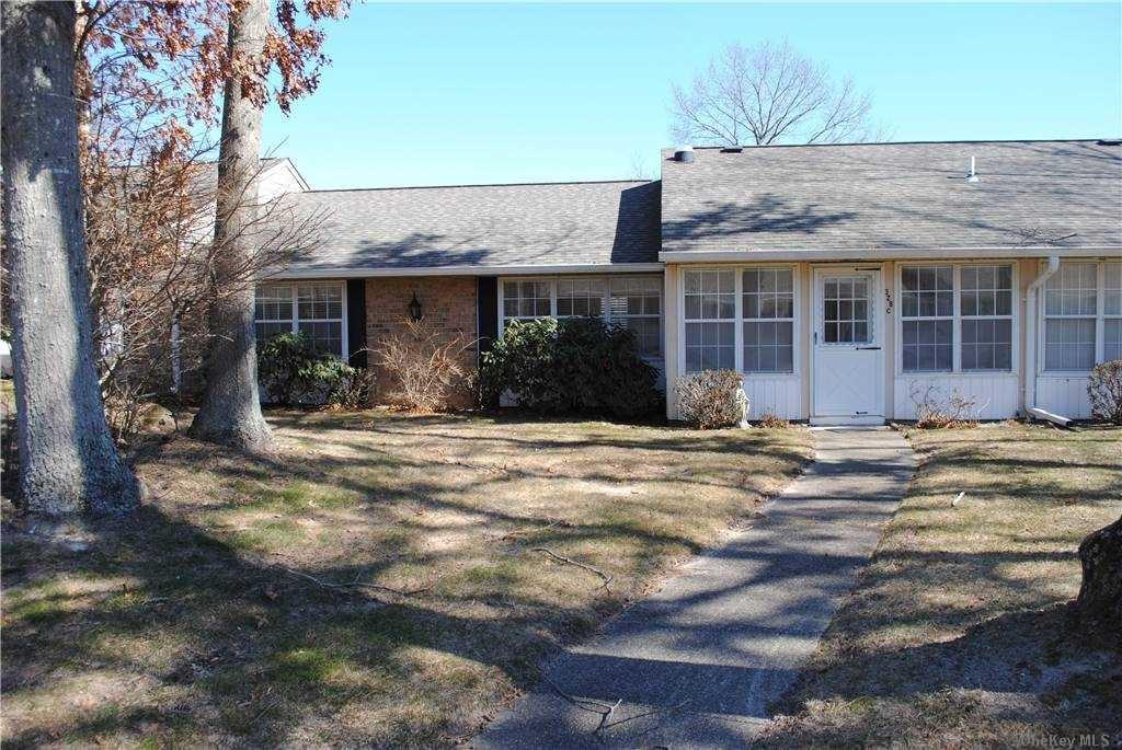 Photo of 328C Woodbridge Drive, Ridge, NY 11961 (MLS # 3292835)