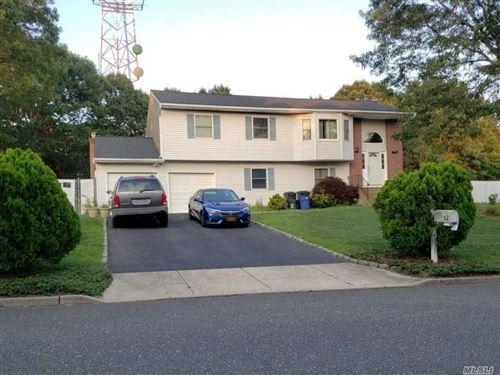 Photo of 52 Foxboro Ave, Farmingville, NY 11738 (MLS # 3226837)