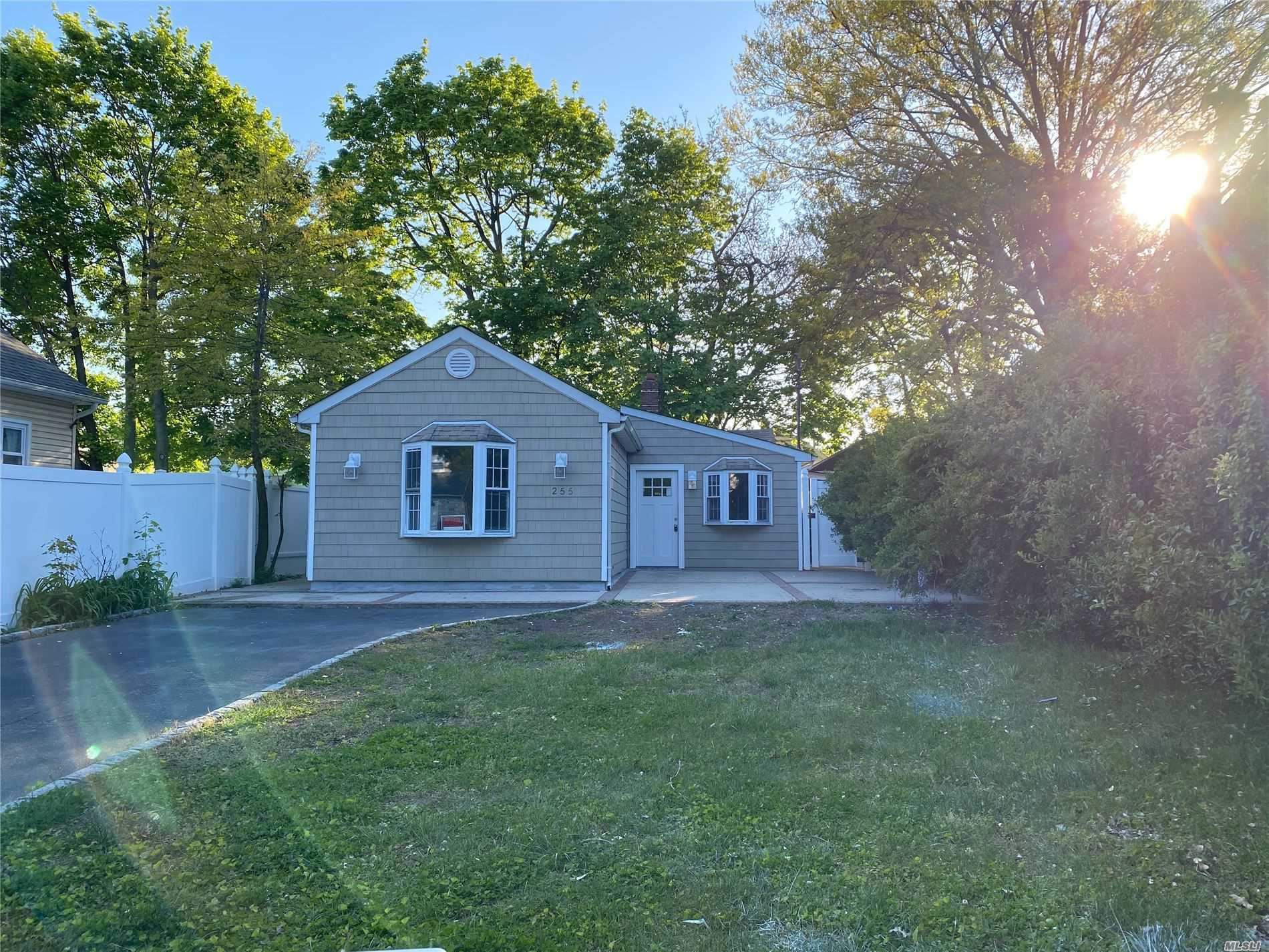 255 Lawrence St, Uniondale, NY 11553 - MLS#: 3214839