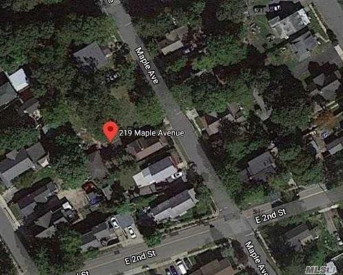Photo of 219 Maple Avenue, Riverhead, NY 11901 (MLS # 3234843)