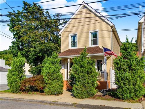 Photo of 28 Marion Avenue, Yonkers, NY 10710 (MLS # H6072843)