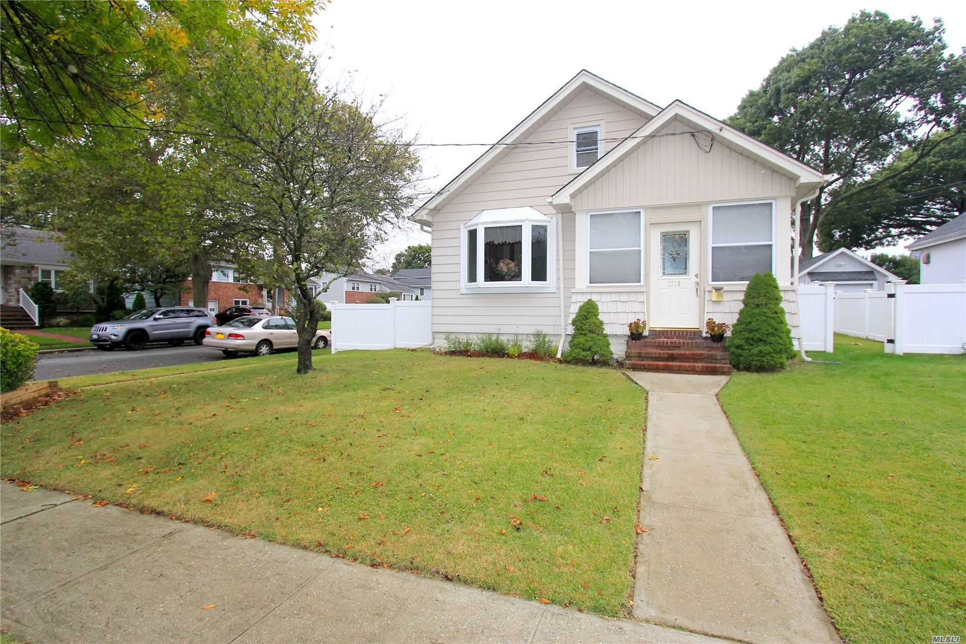 2738 Miller Avenue, Oceanside, NY 11572 - MLS#: 3189843