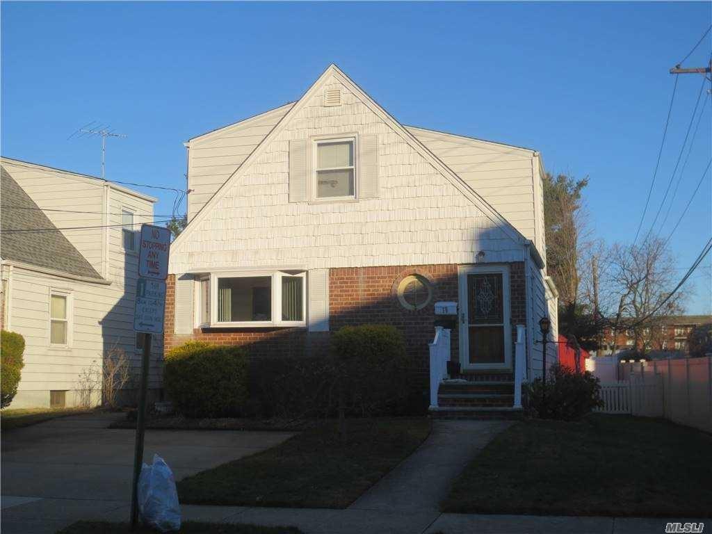 19 Daley Place, Lynbrook, NY 11563 - MLS#: 3274845