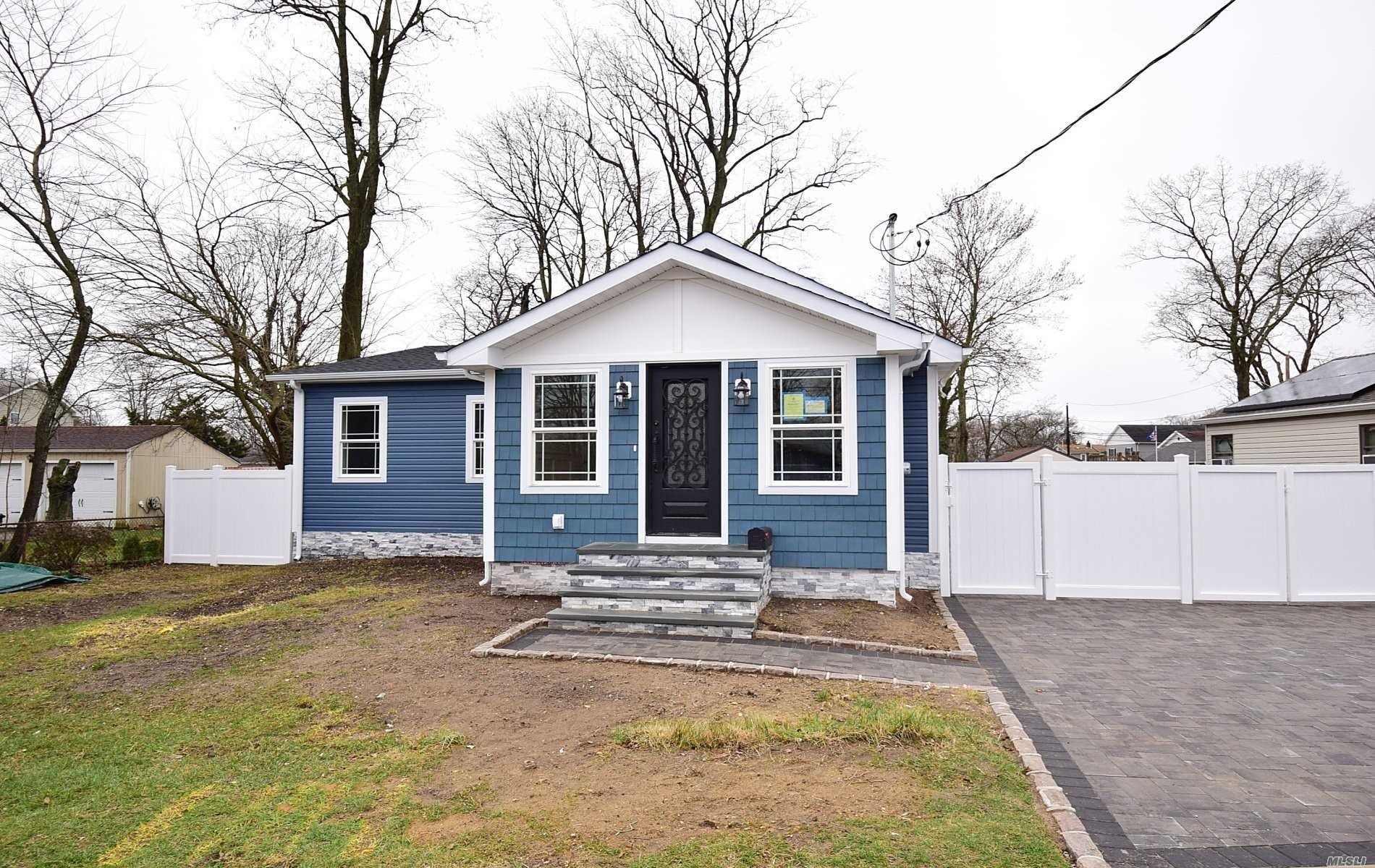 64 Muncy Avenue, West Babylon, NY 11704 - MLS#: 3215846