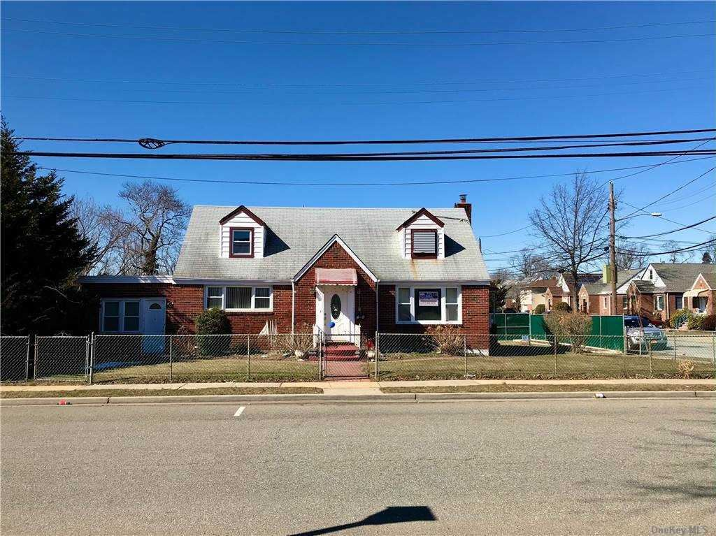 76 Shaw Ave, Valley Stream, NY 11580 - MLS#: 3282847