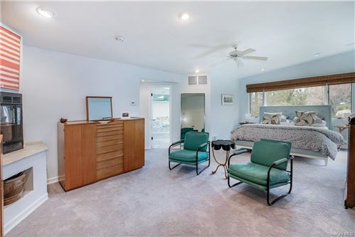 Tiny photo for 3 Laura Lane, Scarsdale, NY 10583 (MLS # H6090849)