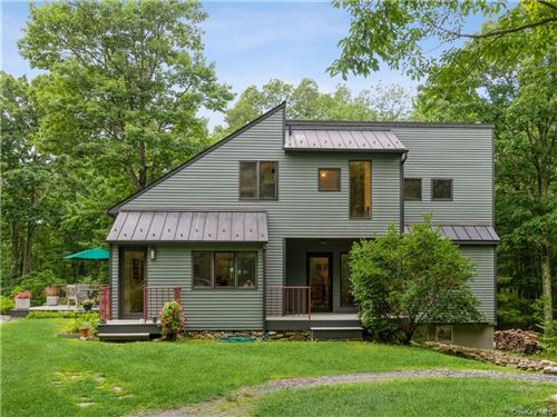 Photo for 692 E Mountain Road S, Cold Spring, NY 10516 (MLS # H6134852)
