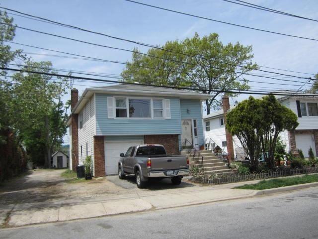 61 Larrabee Avenue, Oyster Bay, NY 11771 - MLS#: 3289852