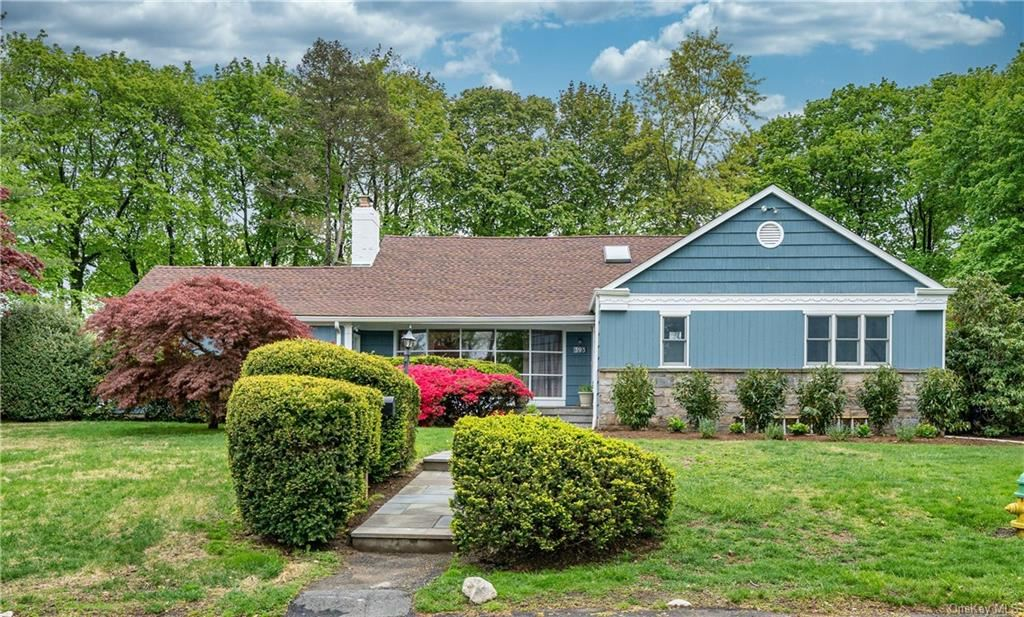 Photo of 393 Evandale Road, Scarsdale, NY 10583 (MLS # H6113852)