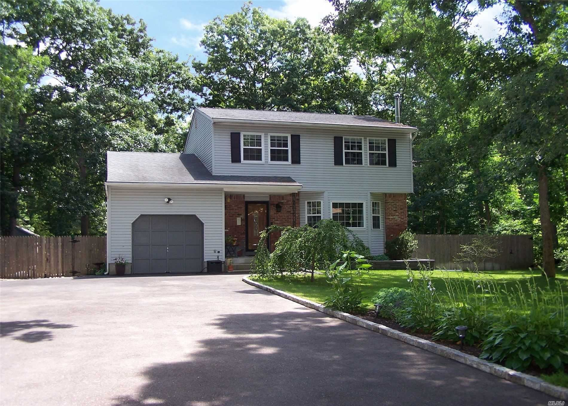 450 Carnation Drive, Shirley, NY 11967 - MLS#: 3228853
