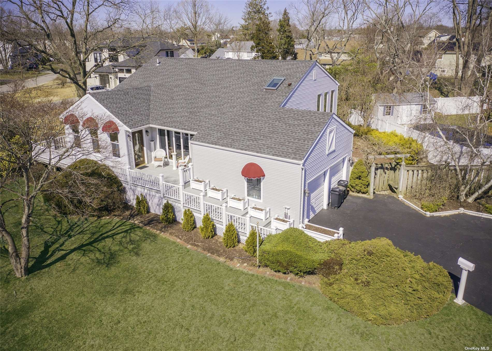 477 Everdell Avenue, West Islip, NY 11795 - MLS#: 3298855