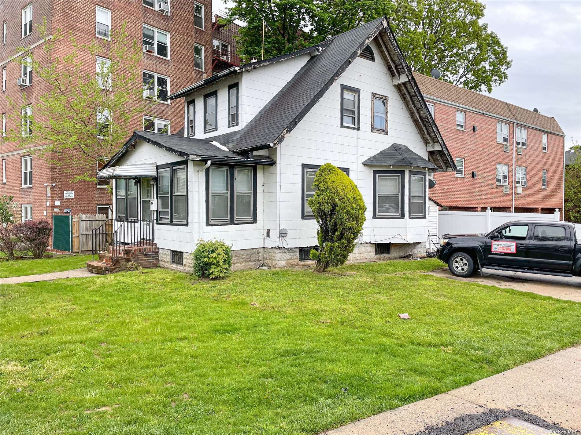 189-02 Crocheron Avenue, Flushing, NY 11358 - MLS#: 3309855