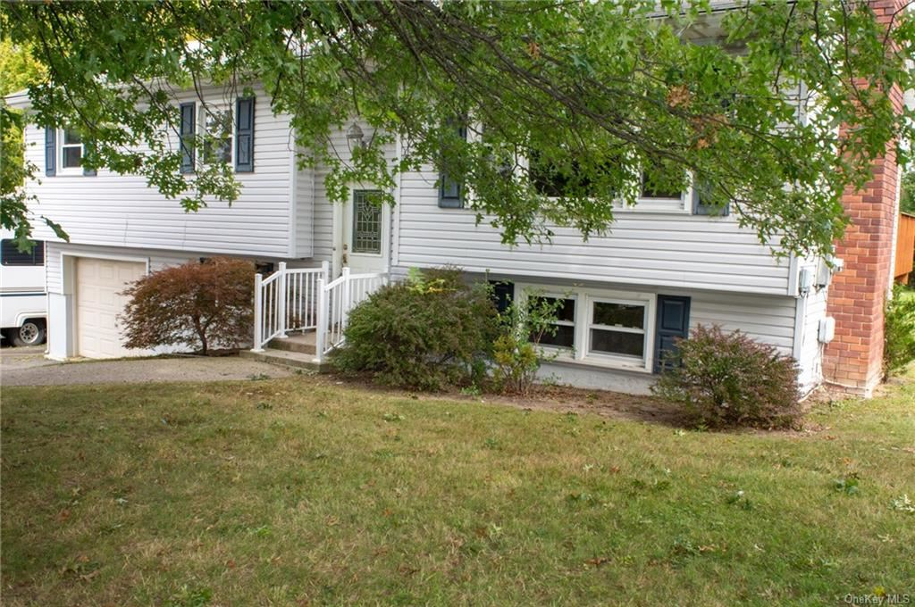 Photo of 793 Silver Lake Scotchtown Road, Middletown, NY 10941 (MLS # H6071856)
