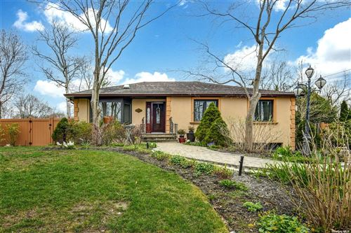 Photo of 11 Springs Drive, Melville, NY 11747 (MLS # 3303857)