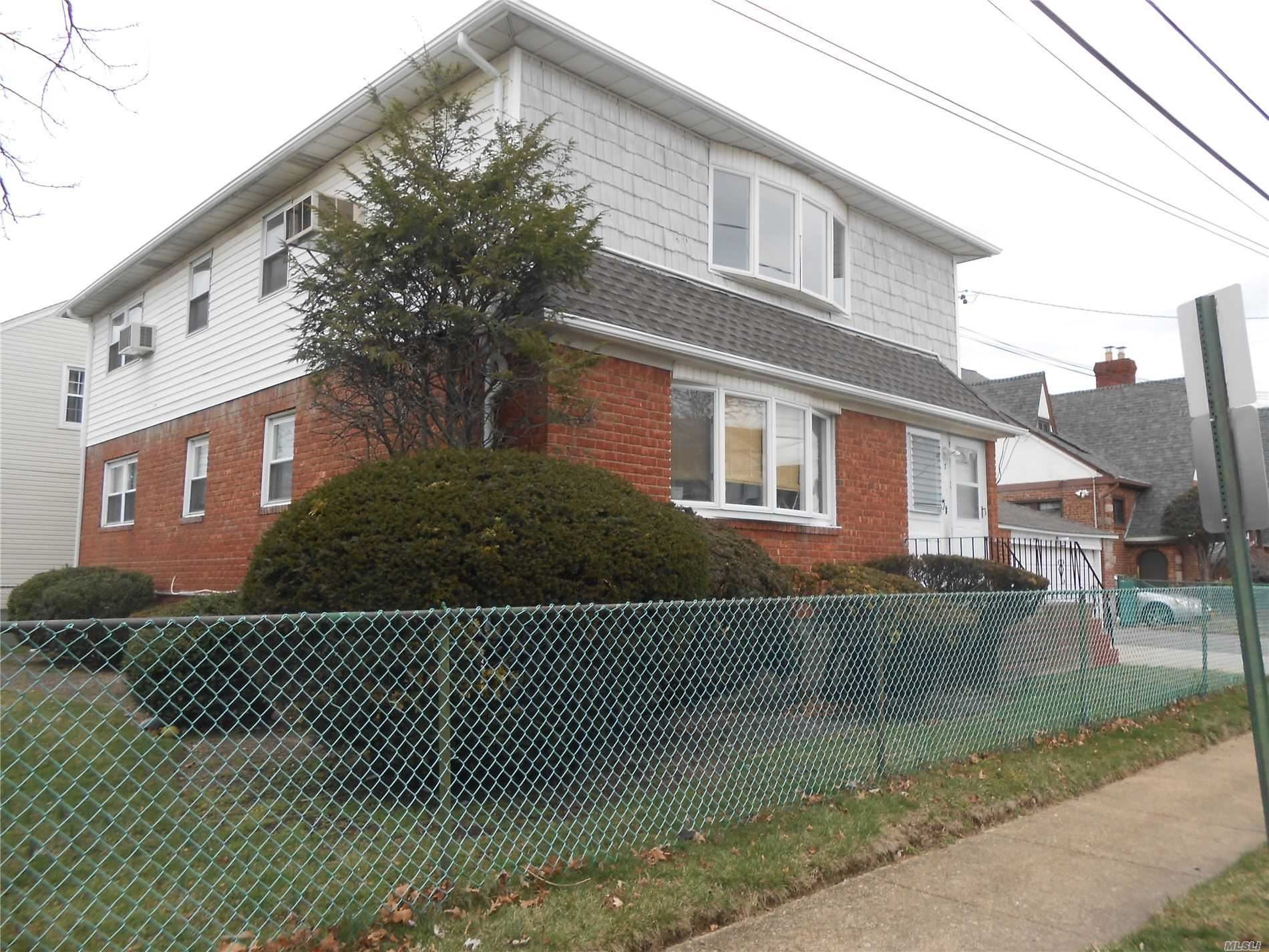 7 Evergreen Avenue #2nd fl, Lynbrook, NY 11563 - MLS#: 3213859