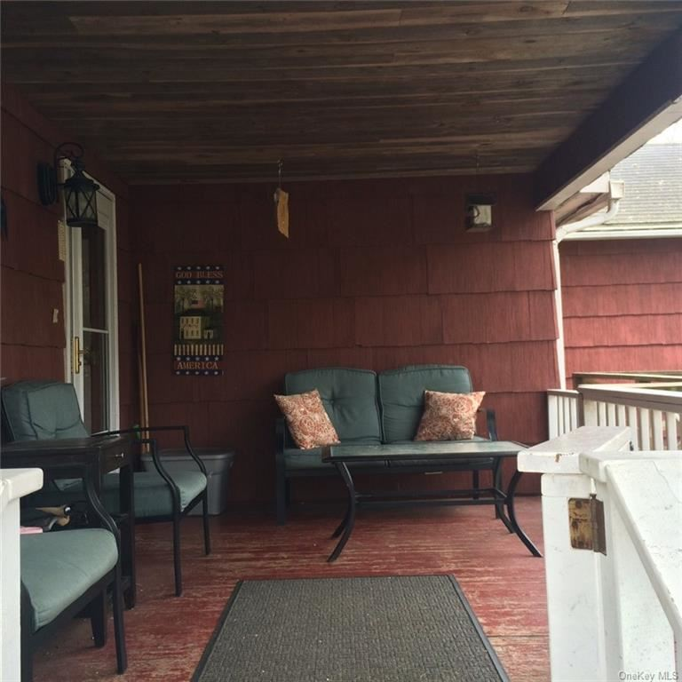 Photo of 20 Hazelwood Road N, Wurtsboro, NY 12790 (MLS # H6022859)