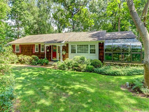 Photo of 11 Beach Street, Miller Place, NY 11764 (MLS # 3301863)