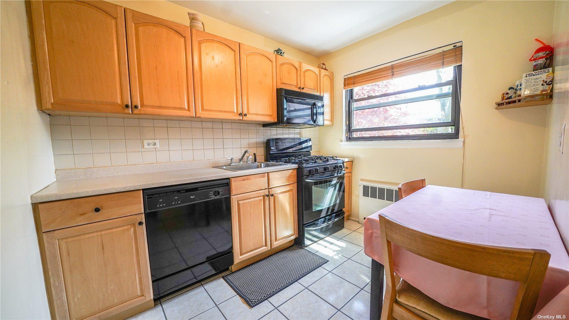 219-05 75th Avenue, Bayside, NY 11364 - MLS#: 3306863